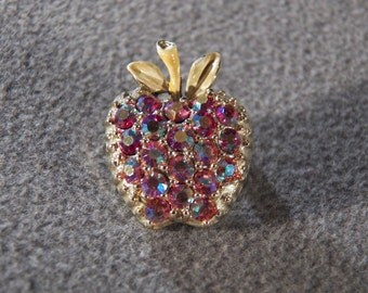 Vintage Gold Tone Darling Apple Iridescent Jewel Pin Brooch, So Adorable!~~ **RL