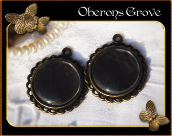 2  bronze settings filigree with 20mm cabochons