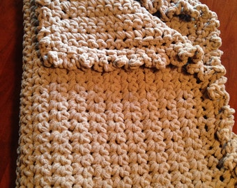 Large and Cozy Blanket: Earth Taupe