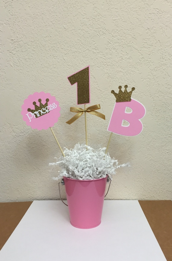 Pink and gold princess crown centerpiece skewers