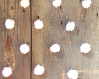 12 mini pom pom white wool 3 cm