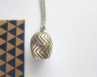 Silver casket locket, vintage locket, silver locket, locket, lockets, antique locket, old locket, geometric jewellery, geometric locket