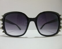 SNS-065 ~ Black and Silver Sunnies w/ Gunmetal Spikes