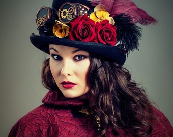 VENDU , SUR COMMANDE Haut de forme gothique -romantique  , chapeau Steampunk , néo-gothique .