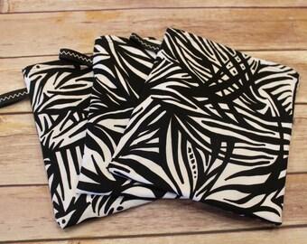 Reusable Snack Bag - black and white