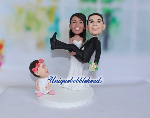 cartoon wedding cake toppers family wedding cake topper figurines holding 12421