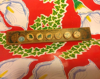 Vintage wooden Jumping Frog  puzzle game set-USA