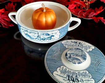 Currier & Ives Round Covered Casserole Dish / Royal China Company/ Vintage Casserole Dish / 1.25 Qt.