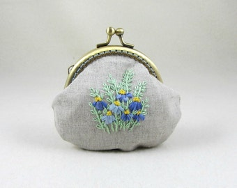 Coin purse, Linen purse, Embroidered coin purse, Hand embroidery, Frame purse, For her, Small clutch, Floral coin purse