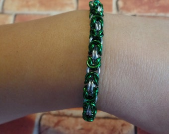 Green & Silver Byzantine Chainmaille Bracelet
