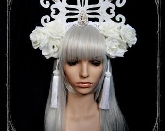 Snow Queen Headdress ( fascinator, wedding, bride, white)