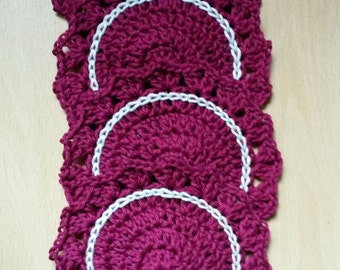 Set of 4 Crochet coasters in burgundy and cream
