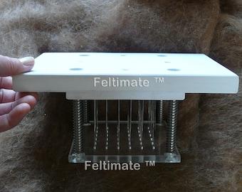 Feltimate ™ needle felting punch tool with 36 needles.