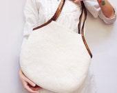 White Shoulder Bag, Hand Felted Bag, Hobo Bag, Handbag, White Wool Tote Bag, Wool And Leather Bag, For Women, Capasious Bag, Zipped Bag