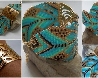 Turquoise and gold woven Cuff Bracelet BRA741PO