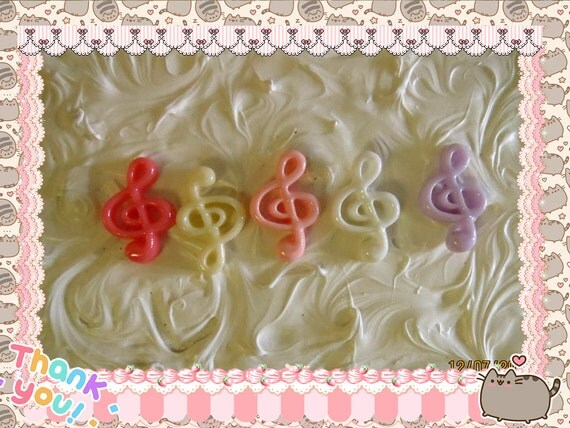 0: )- CABOCHON -( Rainbow Treble Clef Music Note