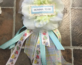 Mother to be corsage pin on
