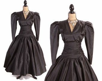 1980s Does 1950s Avant Garde High Fashion Full Length Matte Black Pointed Shoulder Dress by Dessy Creations