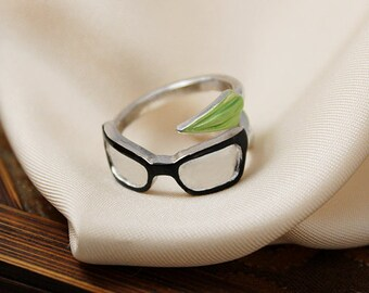 Olicity engagement Ring Superhero with Arrow and Felicity glasses inspired