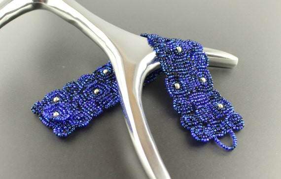 Midnight Blue...Womans.Japanese seed bead.Bracelet.Beadwoven.Cuff.Dark Blue.Silver.Casual wear.Midnight Blue