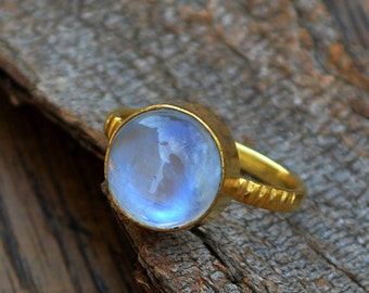 AAA Rainbow Moonstone gold ring, 14K yellow gold Moonstone ring, Moonstone gemstone, gold ring, gift fot her, Rainbow Moonstone wedding Gift