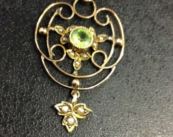 9ct gold peridot and seed pearl edwardian pendant on chain