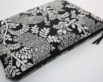 Peacocks  MacBook Air 13 sleeve with zipper, MacBook Air 13 Sleeve, MacBook Pro 13 case, MacBook Air 13 Cover, ,Black and white Upholstery