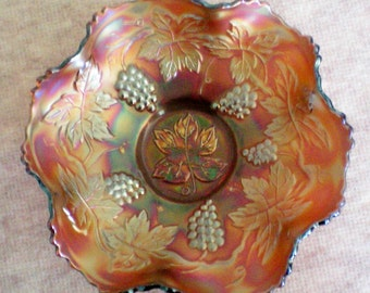 Fenton Medium Amberina Grape Cluster Bowl - 4076