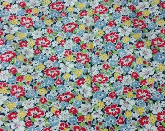 Vintage Floral Summertime Quilting Fabric - 44.8 inches wide x 36 inches long, 112cm wide x 90cm long