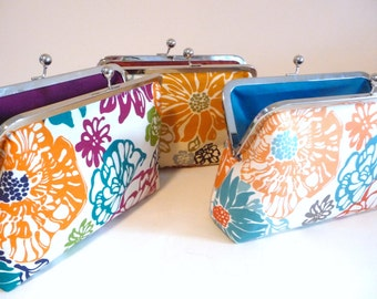 Summer Bridesmaid Clutch Set of 3, Floral Clutch Set of 3, Fun Flower Purse, Bridesmaid Clutch, 8 inch purse