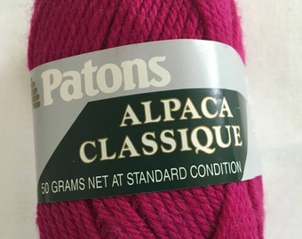 Discontinued Patons Alpaca Classique - Wool/Alpaca blend - DK weight yarn, color 2275 Cranberry