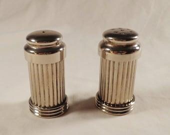 Salt and Pepper Shaker Set, Chrome/Metal, plastic insert