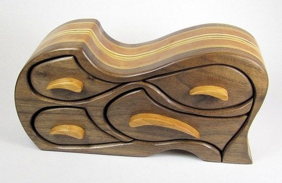 Birch Bandsaw Box ~ Handcrafted bandsaw box for jewelry trinket or keepsakes