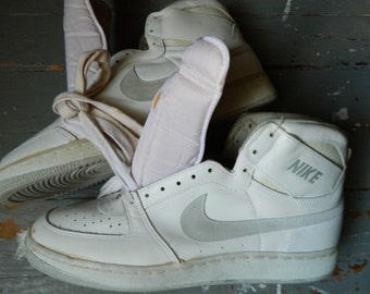 1985 NIKE High Top Basketball Shoes / White Leather, Gray Swoosh / Made in Rep. of Korea / US Men size: 13 / Deadstock Condition
