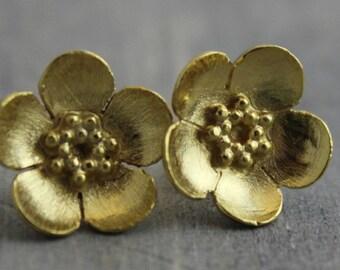 Buttercup Floral  Earrings - Flower Earrings - Floral Jewellery - Stud Earrings - Gold Earrings - Gift ideas for Her - Bridal Jewelry