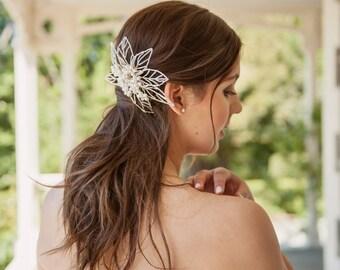 Anahera Pearl Comb