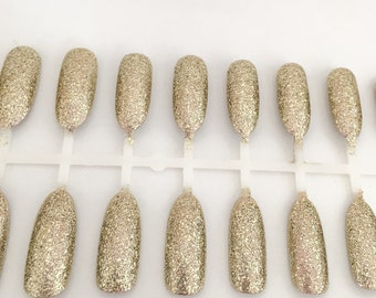 Glitter Nails, Gold Nails, Oval Nails, Long Nails, Gold Glitter, Acrylic Nails, Press On Nails, Glue on Nails, Unjas, faux ongles