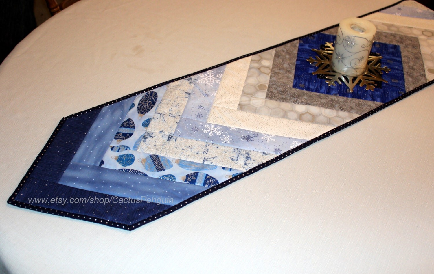 christmas quilted table runner blues and silver metallic. Black Bedroom Furniture Sets. Home Design Ideas