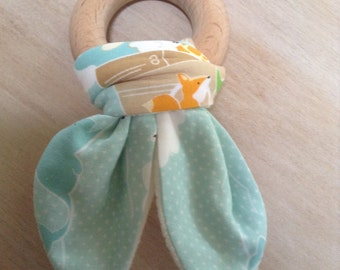 Organic baby teething ring