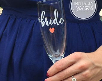 Bride Champagne Flute, Engagement Gifts for Her, Bride Glass, Champagne Toast, Wedding Champagne Flute, Bride to Be Gift Idea