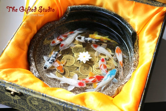 A school of koi resin painting with ancient chinese for Koi fish gifts