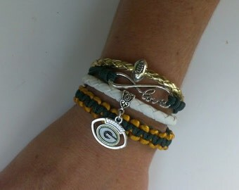Green bay Packers  football love infinity para cord macrame 4 in one bracelet  ! Green Bay Packers bracelet !