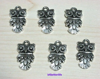 "Lot of 24pcs Antique Silver Tone ""Owl"" Metal Charms. #SW662."