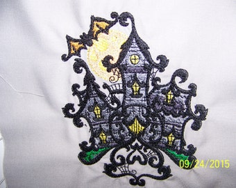 Baroque Halloween Haunted House with Bat and Full Moon: Kitchen Towel/Hand Towels