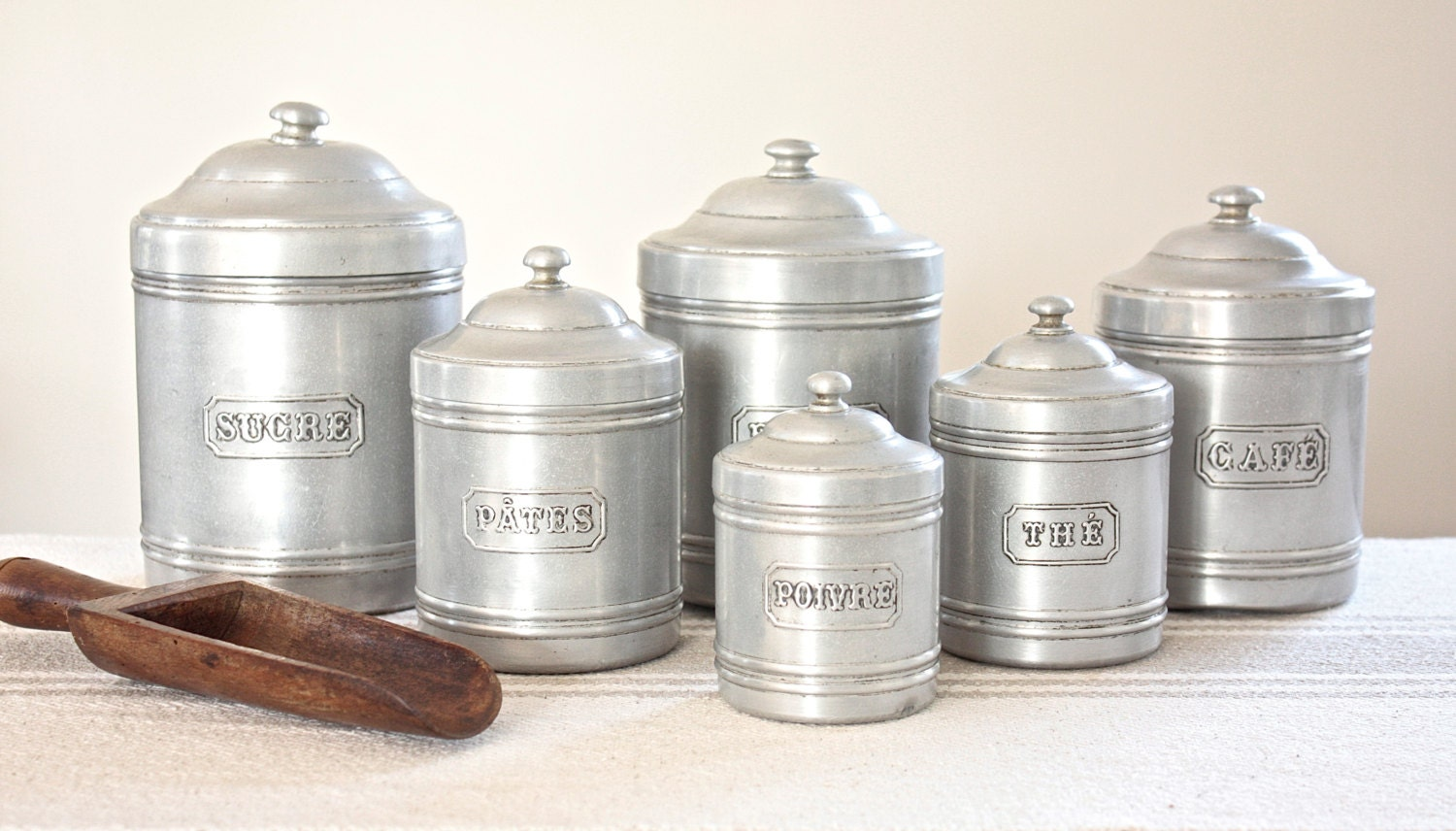 Full set vintage kitchen canisters for Full set kitchen