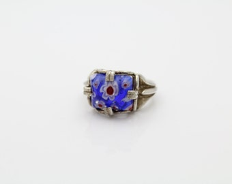 Sterling Silver and Blue Millefiori Flower Glass Cabochon Ring Sz 6.5. [5555]