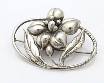 Vintage 1940s Sterling Silver Whimsical Flower Brooch. [5951]
