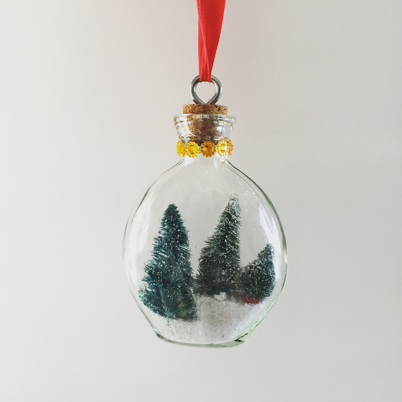 Snow globe christmas ornament tree ornaments