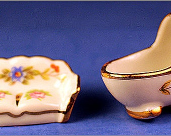 Porcelain - small scale - marked Limoges France