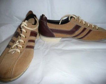 Vintage Women's Tan Suede Bowling Shoes by Dexter NOS Made In USA